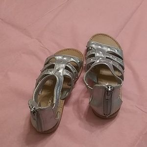 Cherokee girl sandals color silver size 10 Cheroke